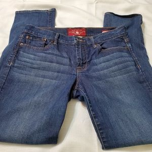 Lucky brand Jeans sweet straight leg mid rise